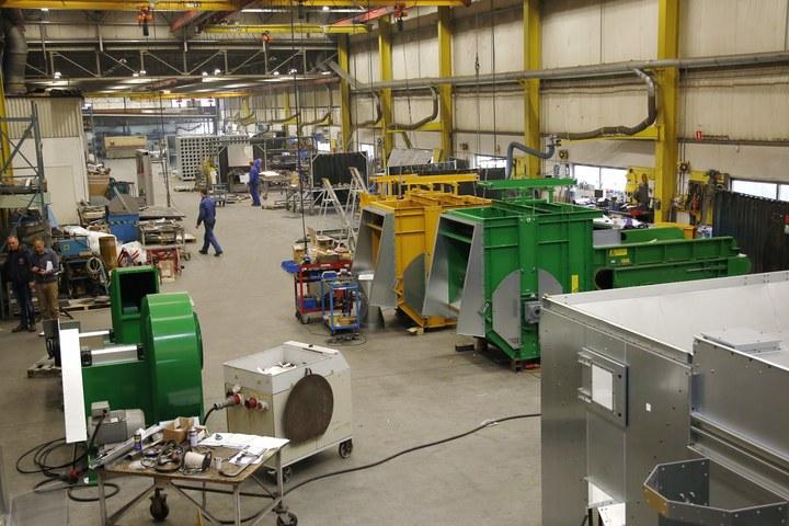 Walair productiehal drum separators